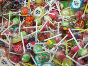 Various_candy_and_lollipops,_2007